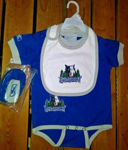 Baby Minnesota Timberwolves One Piece With Bib & Booties Ree