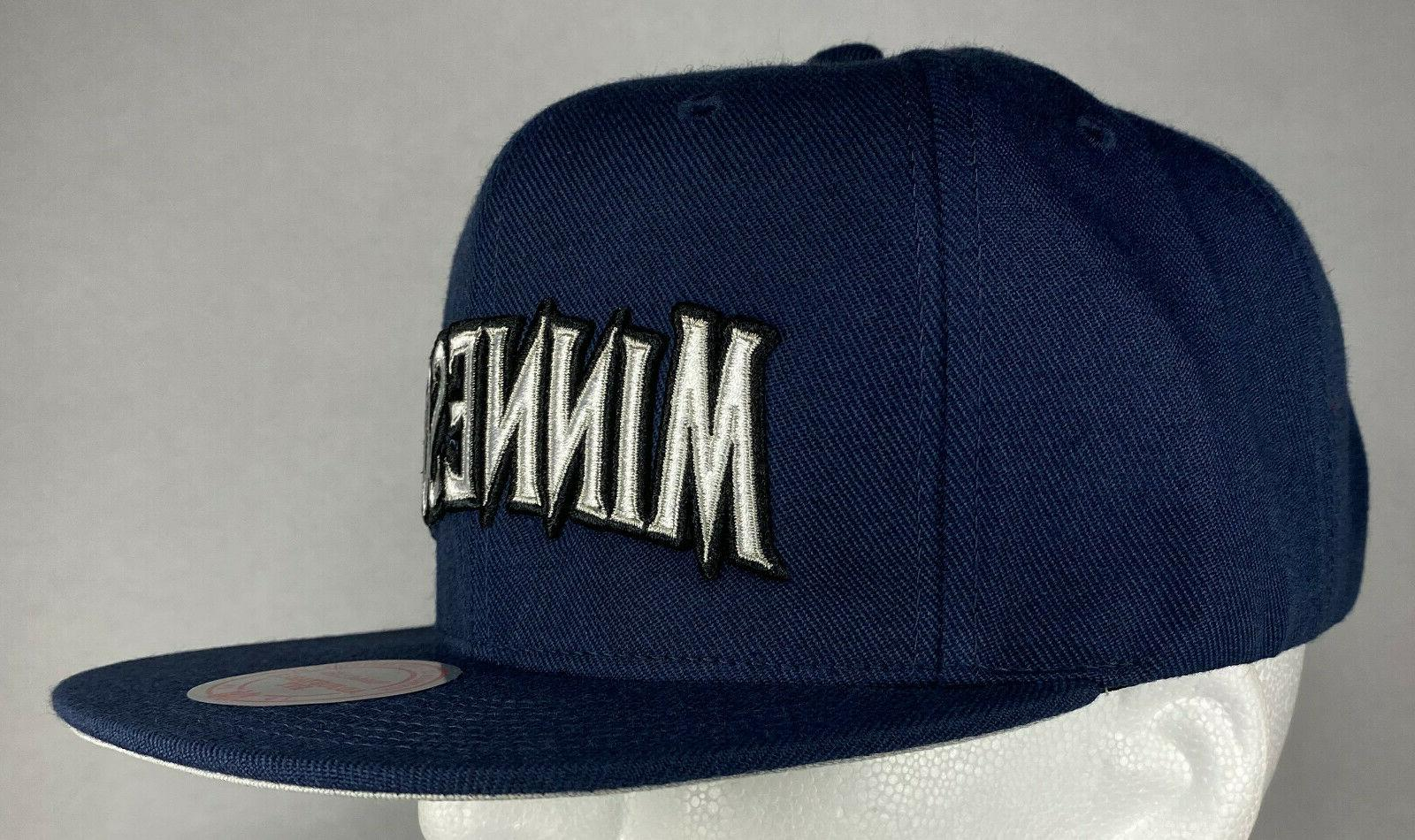 Mitchell and Ness 10 Snapback Hat, New