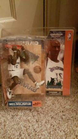 NEW 2002 Kevin Garnett McFarlane Toys NBA Collectible Figuri