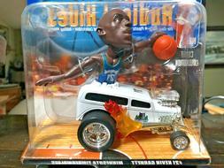 NEW Hot Wheels Radical Rides #21 Kevin Garnett NBA Minnesota